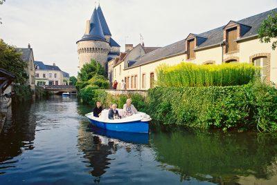 Promenade en bateaux électriques