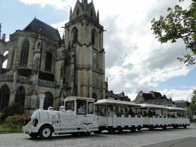 Tour de ville en train touristique